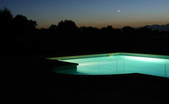 kleines schwimmerhoroskop was sagt die schwimmtechnik. Black Bedroom Furniture Sets. Home Design Ideas
